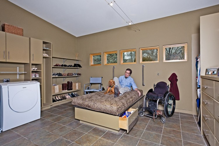 wheelchiar accessible rooms